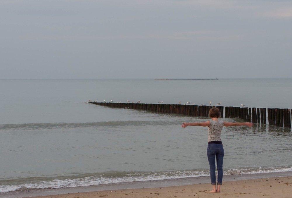 vicky_beach.jpg