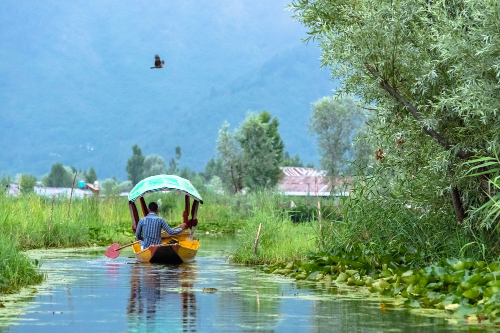 Water ways in Dal Lake
