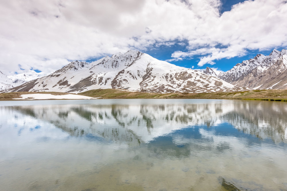 Stat Tso and Lang Tso are the twin lakes near pensi la pass