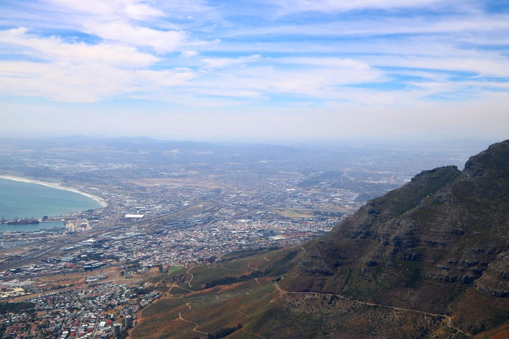 Cape Town is a stunningly beautiful destination, the powerful Atlantic Ocean has carved out a striking coastline of crystal blue waters that perfectly compliments the surrounding terrain such as the majestic Table Mountain.