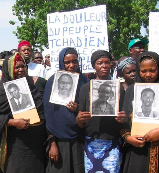 Widows demonstrate in 2005 in N'Djamena, the capital of Chad, in favor of ex-dictator Hissène Habré extradition to Belgium. © 2005 ATPDH (Image Courtesy of Human Rights Watch)