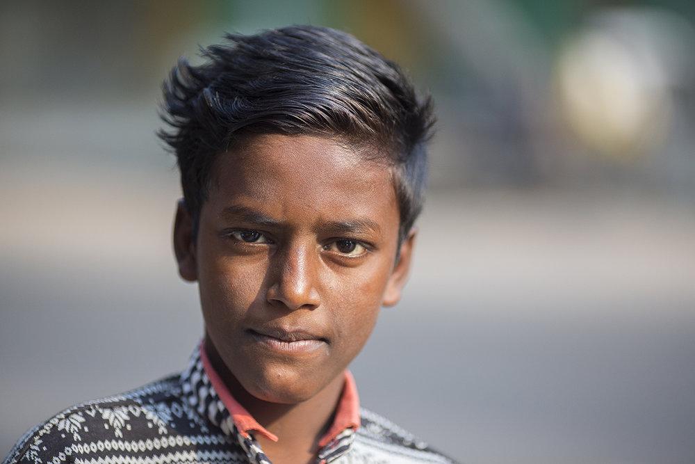 boy_kolkata_street_portrait.jpg