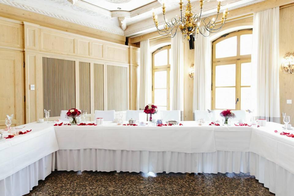 Hochzeitstischdekoration