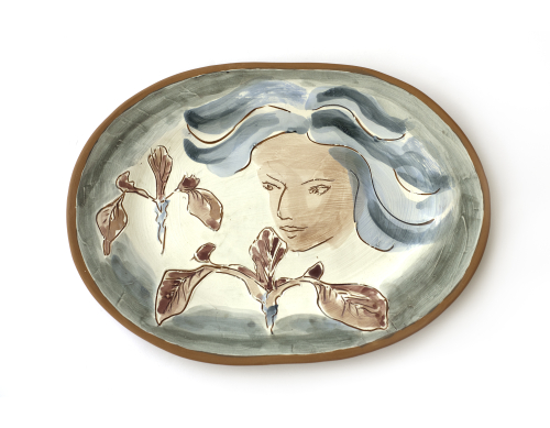 Kore Smelling Flowers Plate