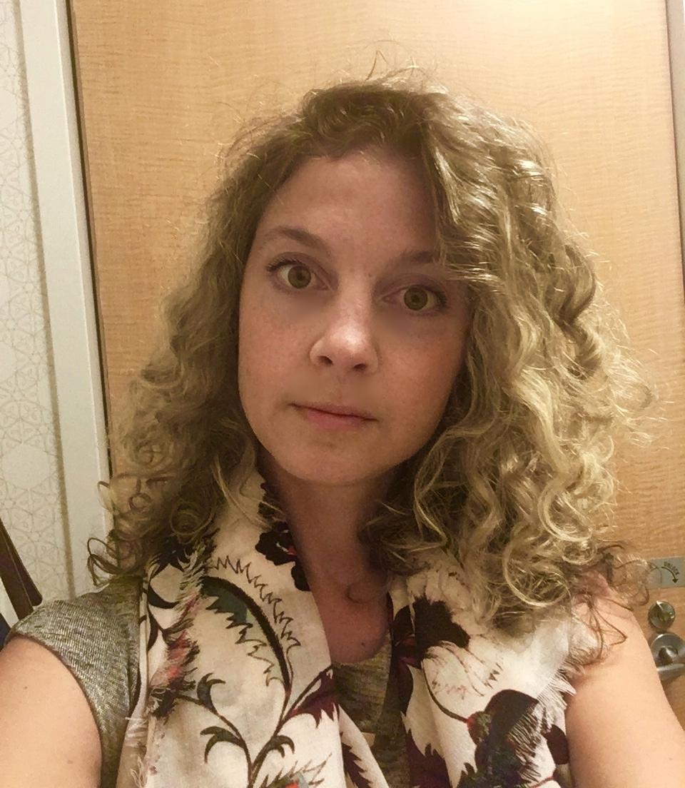 Selfie in the MSKCC bathroom before my hair loss.