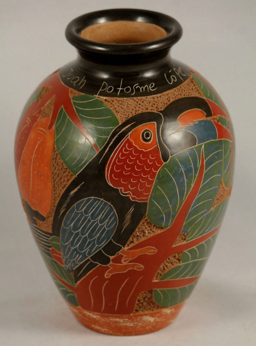 south-american-nicaragua-ceramic-pottery-hand-made-painted-folk-art-signed-ce8fe1ecd7e60a522c620bc02147b86d.jpg