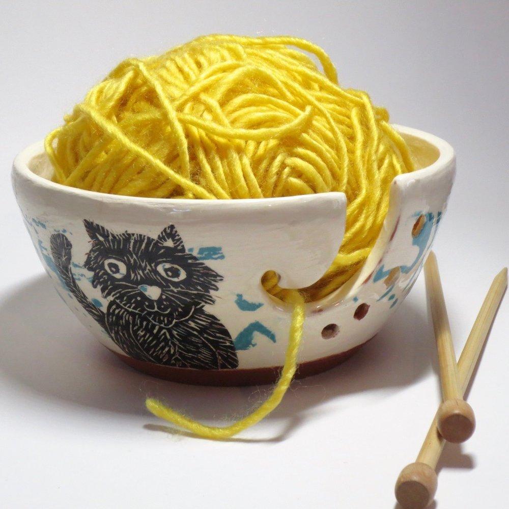 large cat yarn bowl - 03.jpg