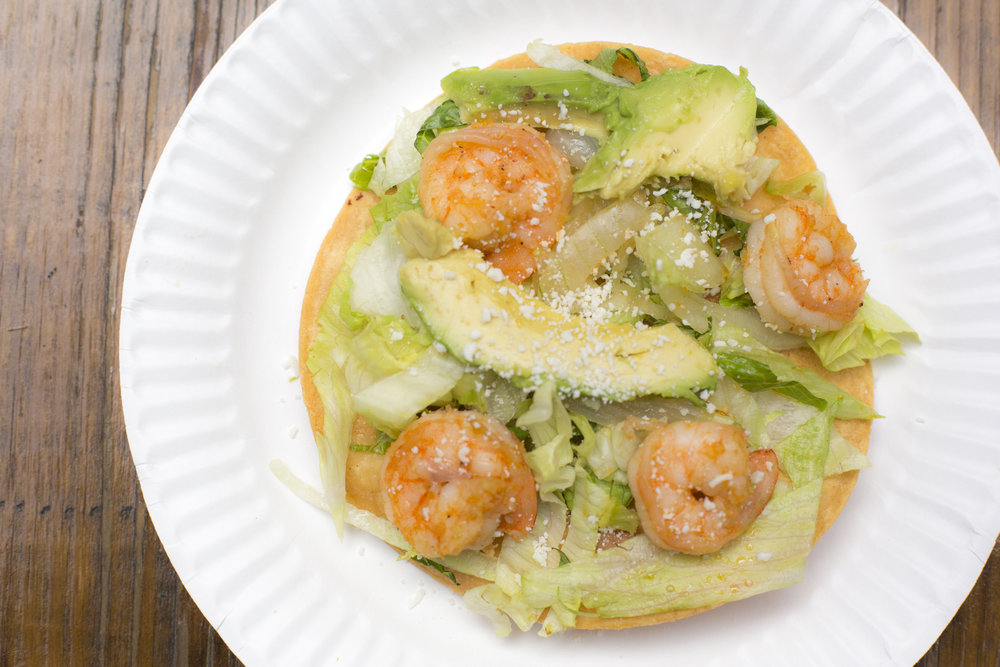 Shrimp tostada (+avocado)