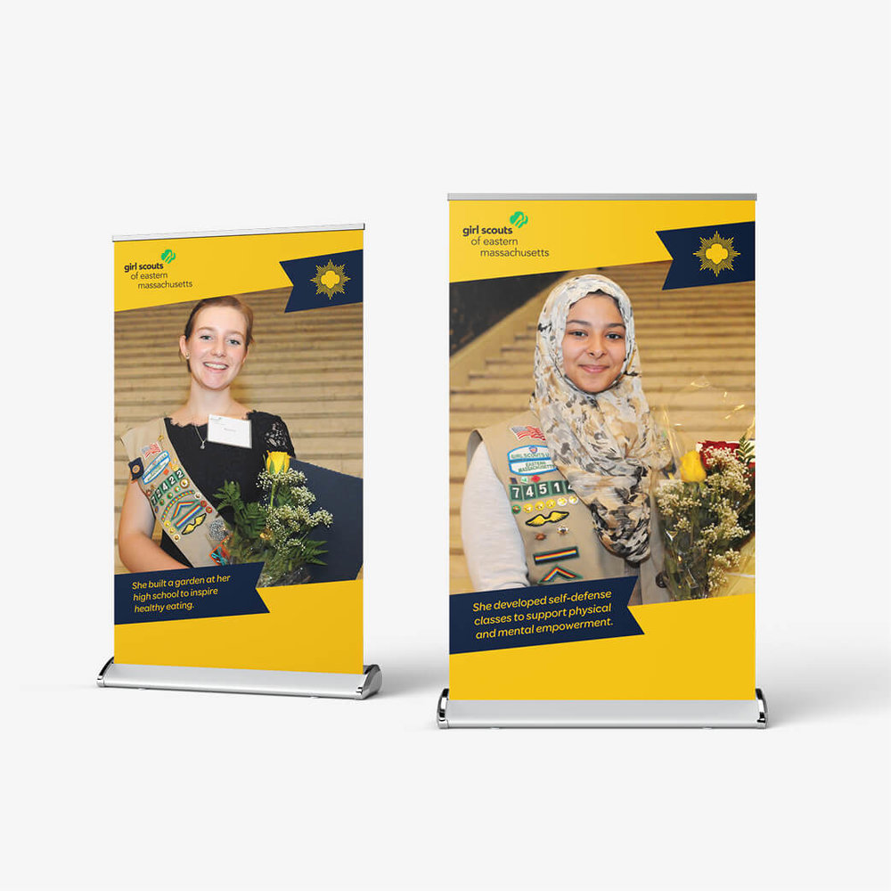 """Girl Scout Gold Award"" Tabletop Retractable Banners"