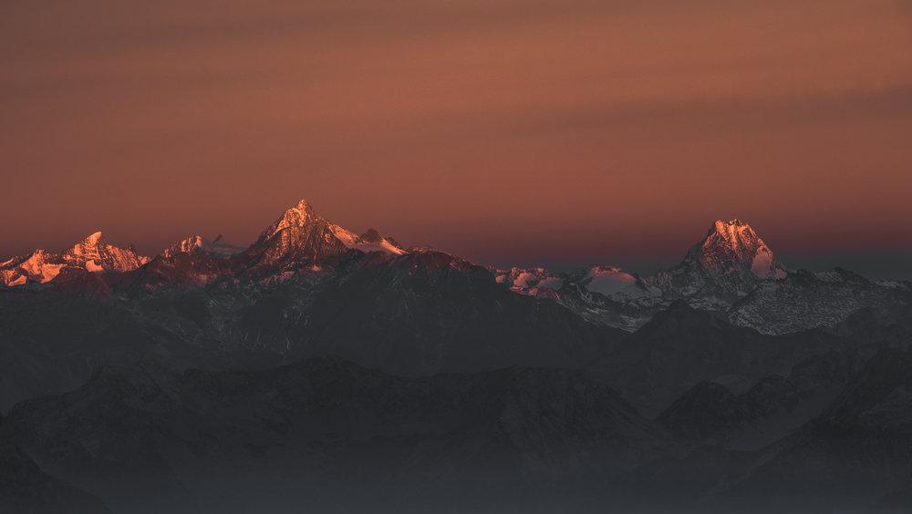 Finsteraarhorn and Schreckhorn | Wallis, Switzerland