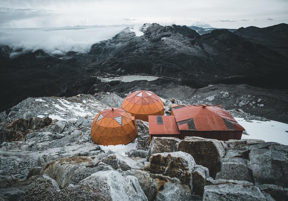 Base camp at 5.200 m height | Huayna Potosí