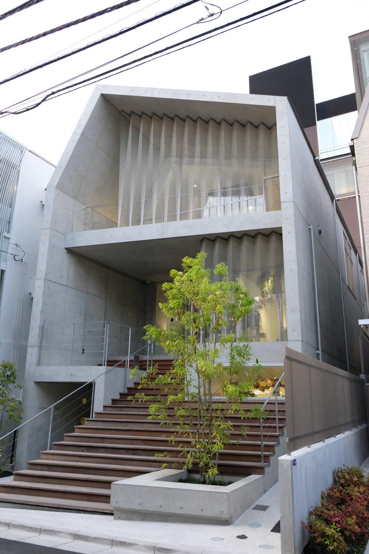 Tokyo_Omotesando_DSCF0592.JPG