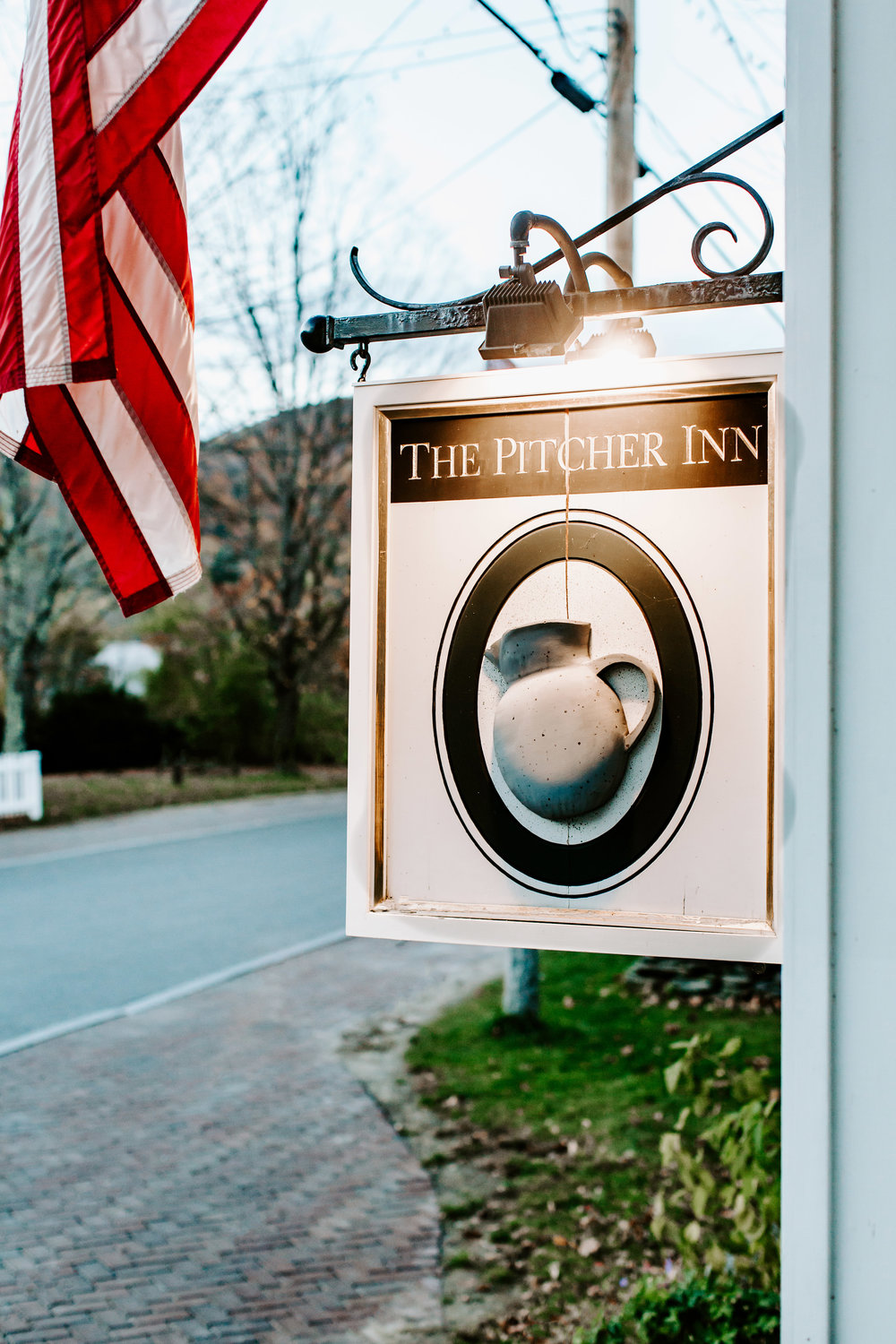 SaraCoffinPhoto-TheMintCollection-PitcherInn-46.jpg