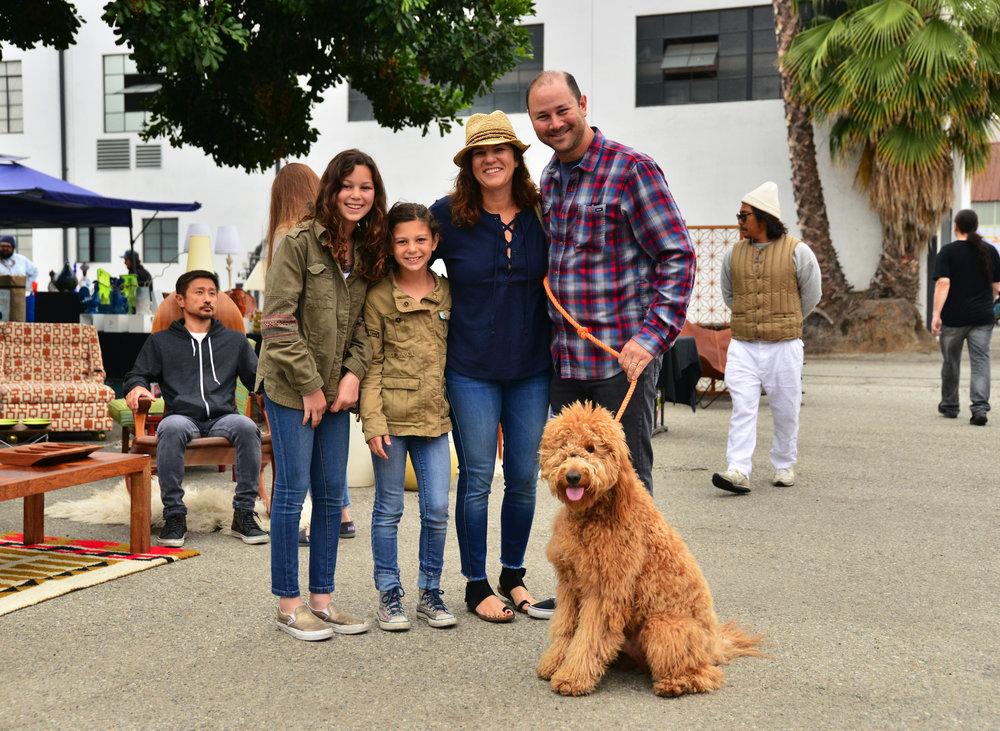 dtmod-family.jpg