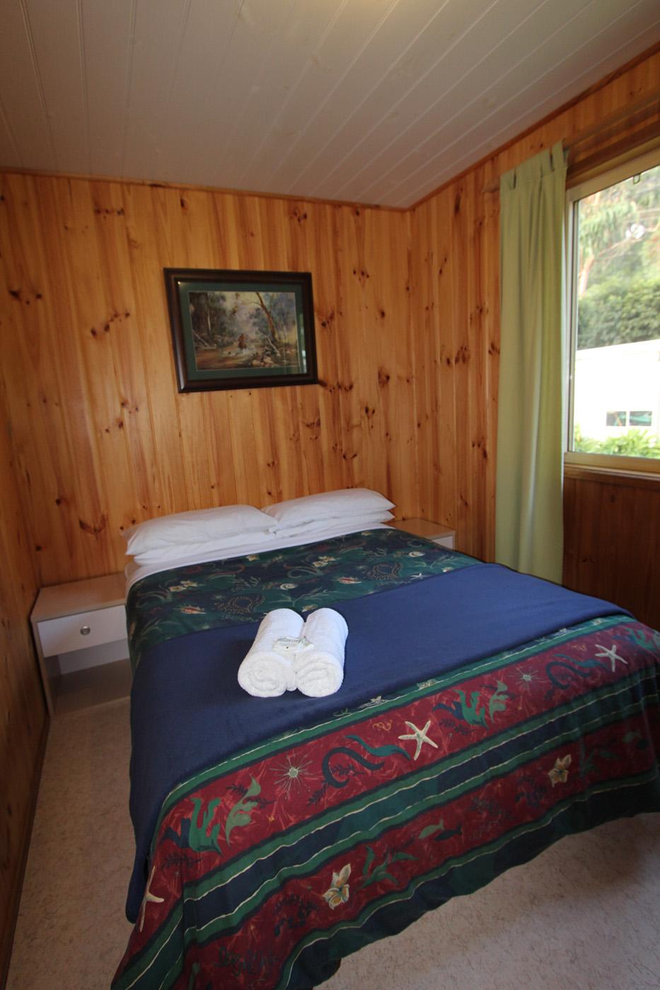 ensuite-cabin-01.jpg