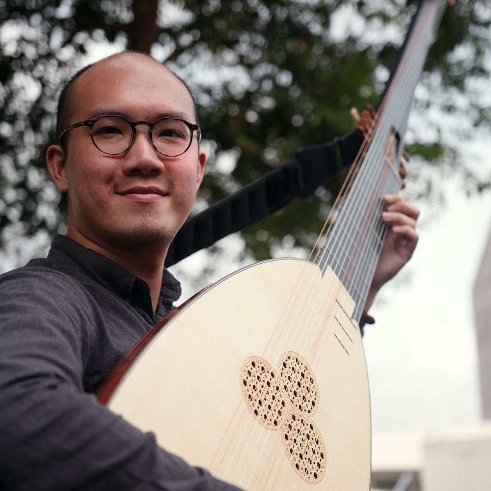 Christopher CLARKE - Theorbo
