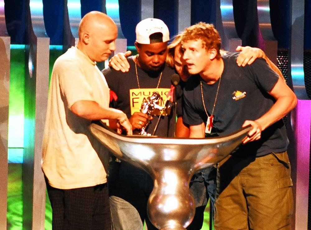 rs_1024x759-180814174758-1024-mtv-vma-hootie-blowfish.jpg