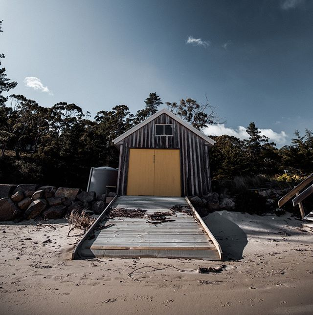 Is there any better island to work on your Insta game? We don't think so 📷 . . #showusyourbruny #brunyislandtas #tasmania #instagamestrong #bestisland #islandlife