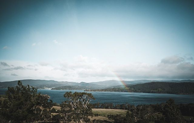 There's probably not a pot of gold, but there's definitely an awesome place to chill at the end of that rainbow 😉 . . #brunyislandtas #showusyourbruny #rainbow #potofgold #tasmania #landscapephotography
