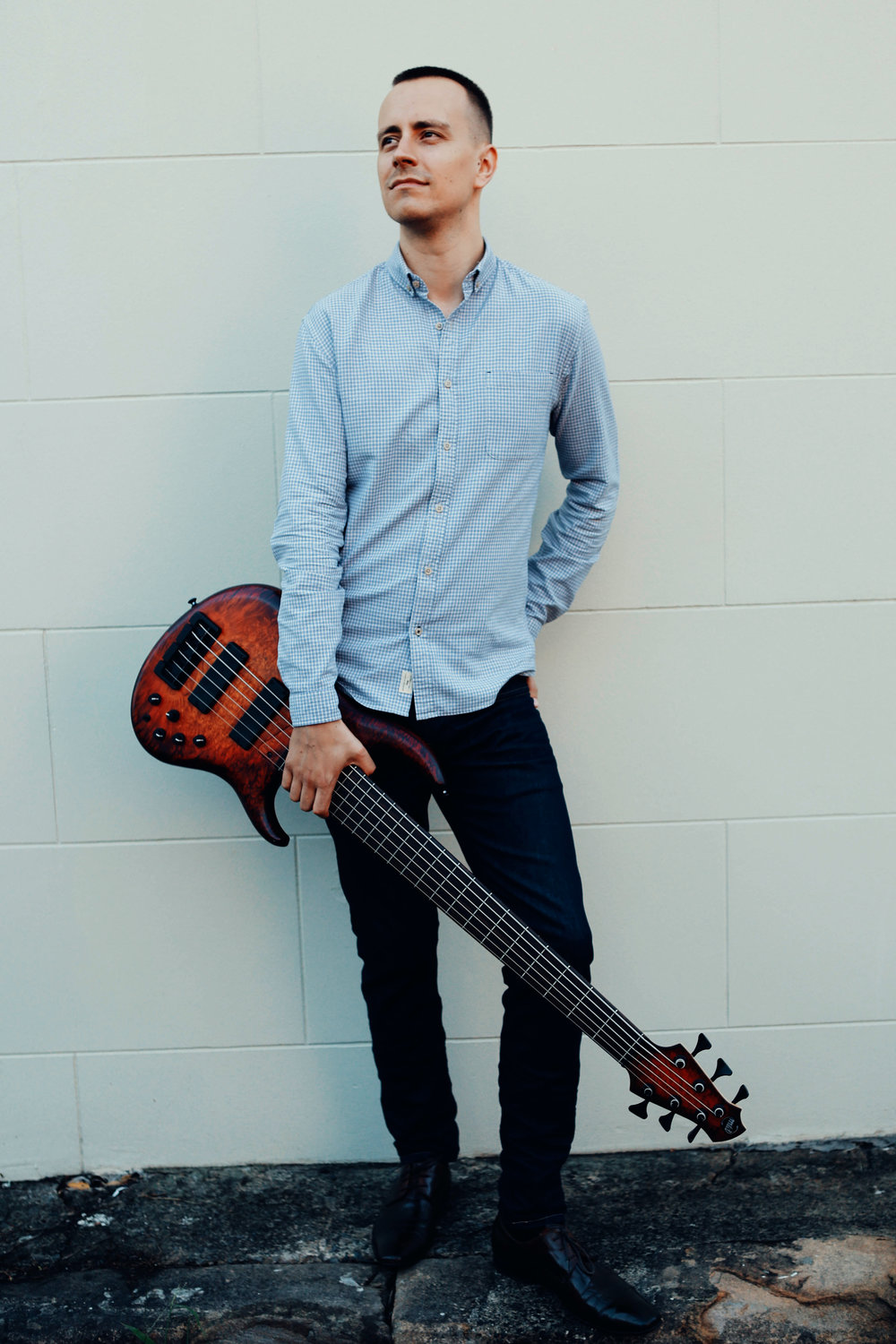 Lindsay - is a musician from Sydney, Australia. Here you'll find info, news, media and access to his vast and ever growing Bass Guitar transcription library.