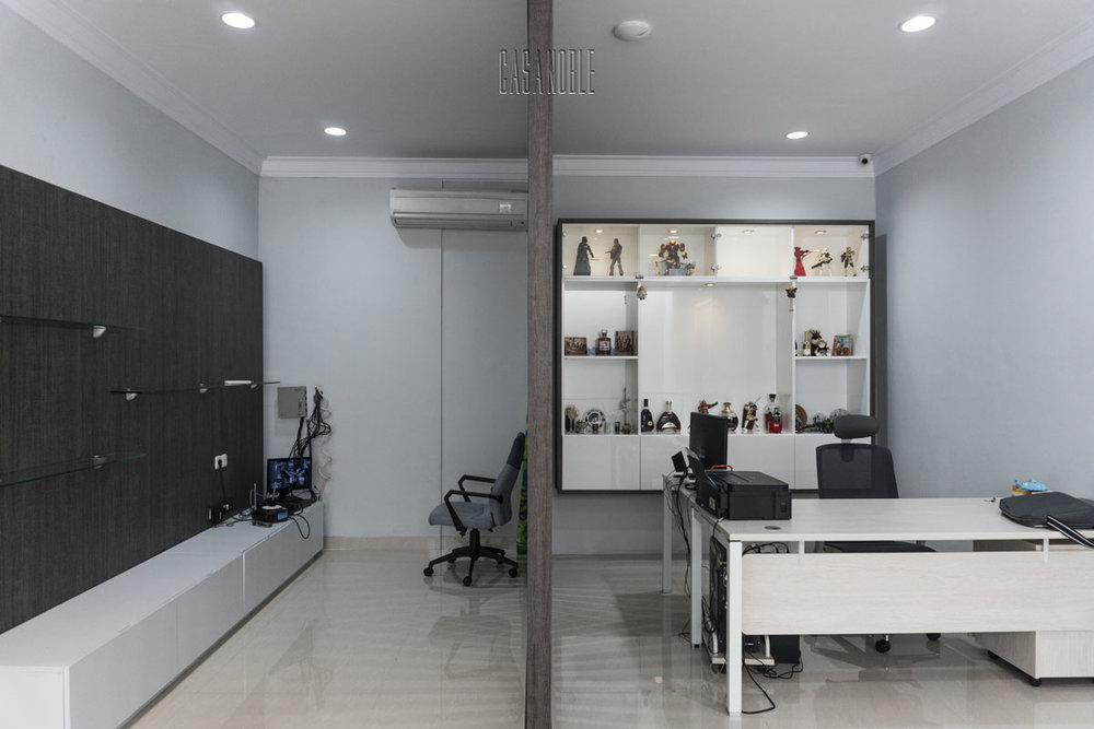 Custom Workspace and Backdrop TV