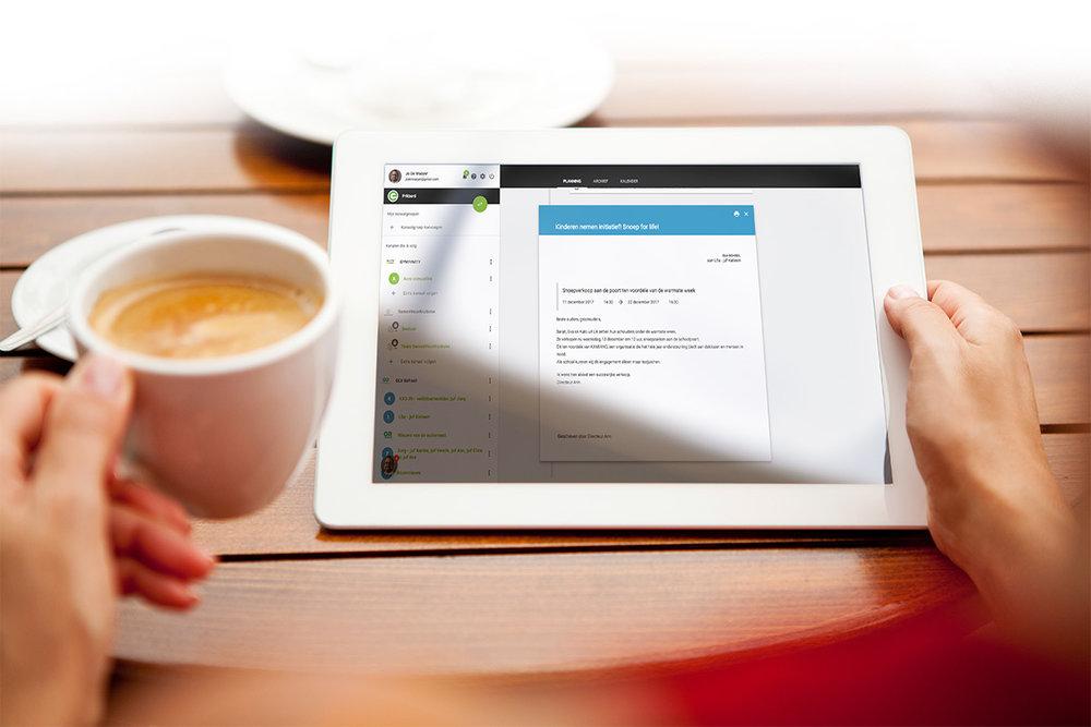 tablet+koffie-verkleind.jpg