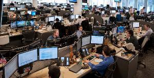 "Innovant Trading desk in New York Times Article ""In New Office Designs, Room to Roam and to Think"" see featured image       Ms. Choe, a former member of the City Council here, is the foundation's chief administrative officer, and she had considerable input in the building's design. One objective from the start was to give the 1,000 employees a variety of spaces to accommodate different kinds of work. ""There's a recognition that we work in different modes, and we've designed spaces to accommodate them,"" she says. ""I think one of the lessons is to understand your business, and understand what your people need to do their best work.""   The building was designed by  NBBJ, a 700-employee architecture firm  whose largest operation is in Seattle. The structure is a culmination of ideas about the 21st-century workplace that NBBJ has been exploring in corporate office designs worldwide, including its own offices here.   These are the main concepts: Buzz — conversational noise and commotion — is good. Private offices and expressions of hierarchy are of debatable value. Less space per worker may be inevitable for cost-effectiveness, but it can enhance the working environment, not degrade it. Daylight, lots of it, is indispensable. Chance encounters yield creative energy. And mobility is essential.       http://nyti.ms/wSy1SF"