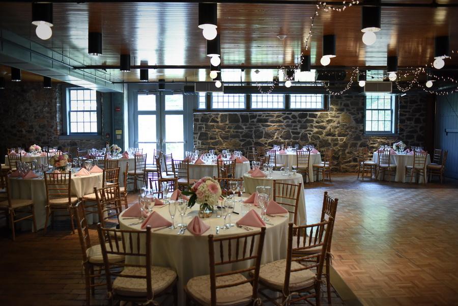 Rockwood-Carriage-House-Wedding - 0026.jpg