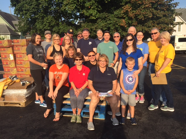 Findlay Kiwanis Distribution Team 8.19.17.JPG