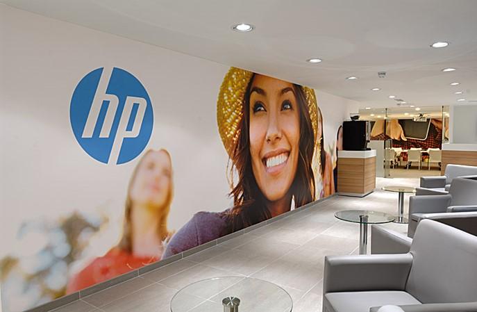 HP Total Care Shopfitting3.jpg