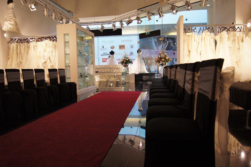 Confetti and lace show 3.JPG