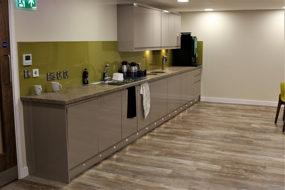 Large, modern, glossy kitchen area