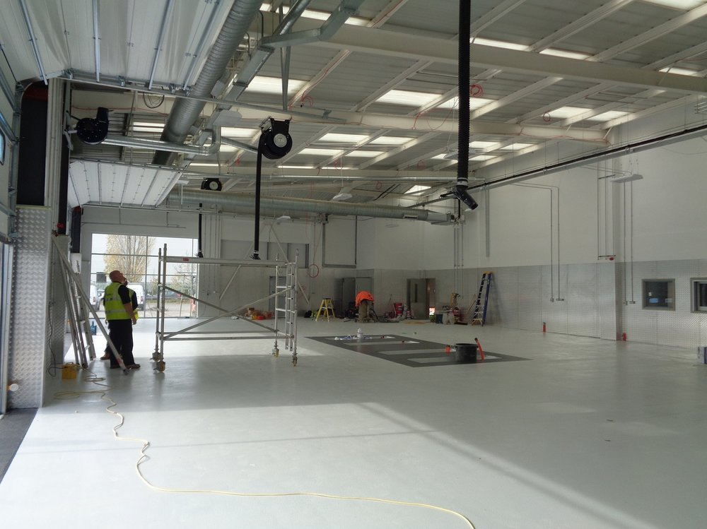 Refurbished car workshop Ford Crawley