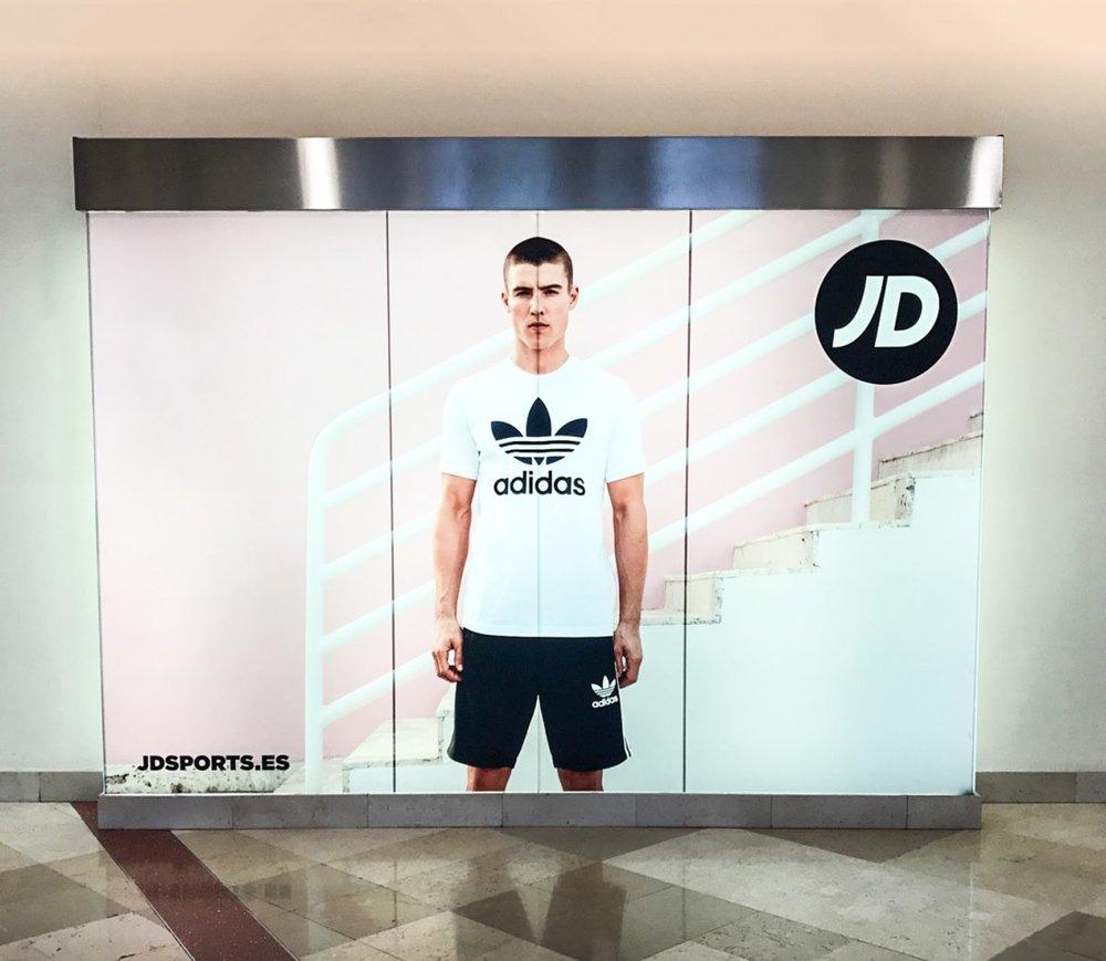 JD_Window-Display-Unit-004-1200x1043.jpg