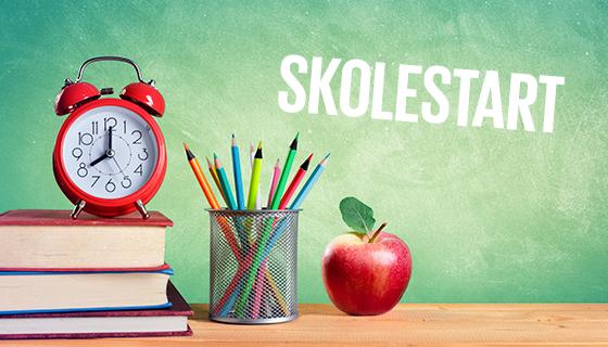 Skal mit barn kunne læse og stave inden skolestart - Tænker du nogensinde på, hvad dit barn egentlig skal kunne, inden det starter i skole? Bør barnet for eksempel kunne læse og skrive på forhånd? Gyldendal guider dig.