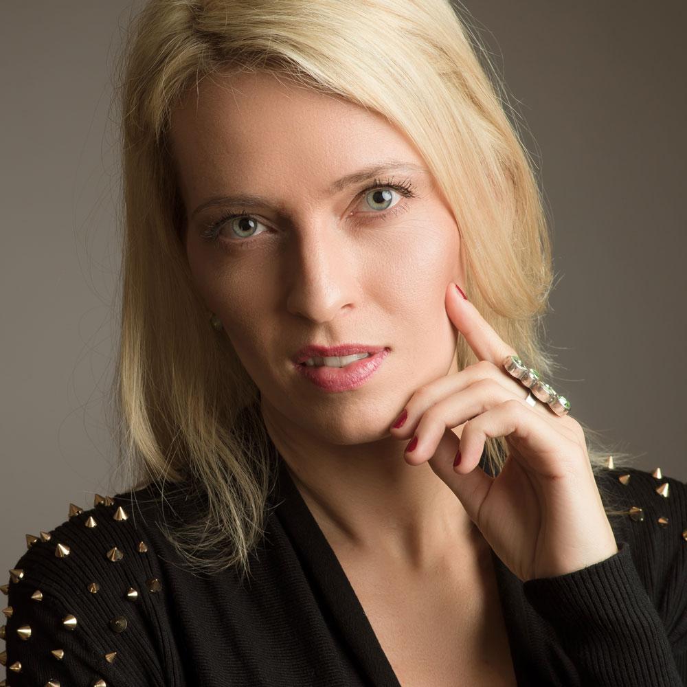 Sarah-Engell.jpg