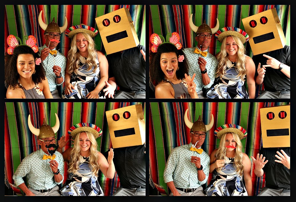 rv photo booth colorful blanket backdrop