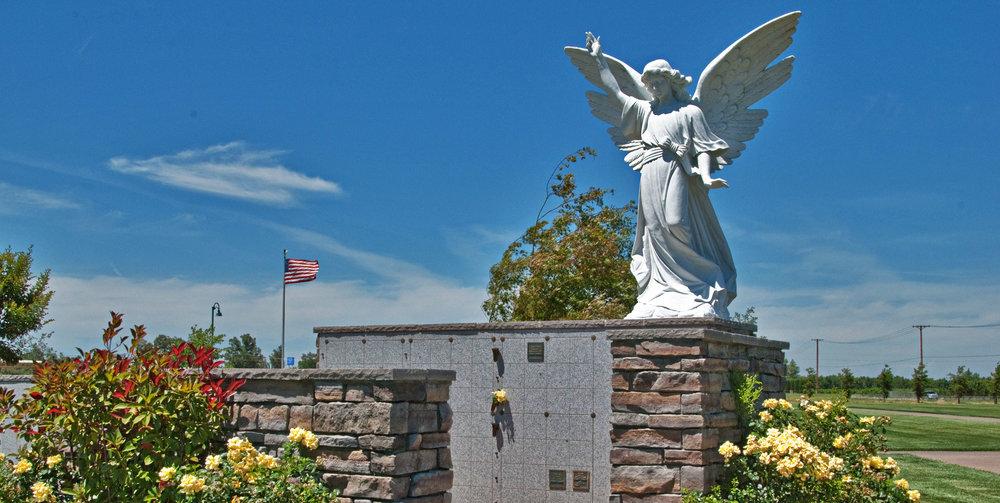 CherokeeMemorial_Banner_Garden5.jpg