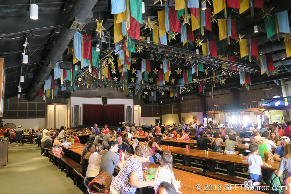 Guests can enjoy a meal while watching a live performance.