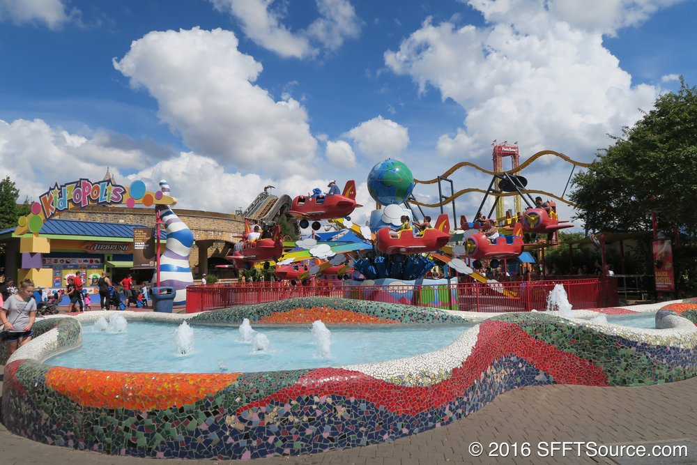 ZoomJets are right at the entrance of Kidzopolis.
