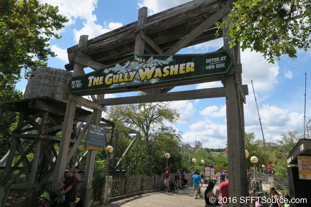 The main entrance to Gully Washer.