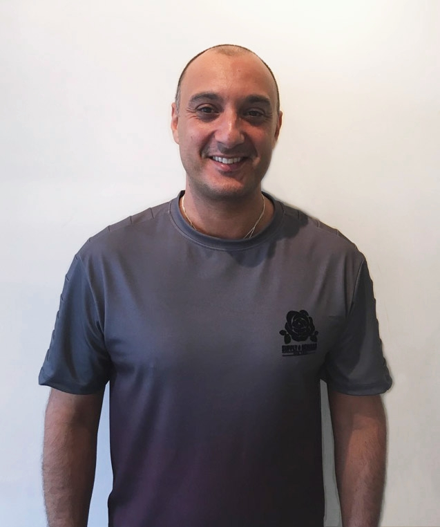 """Franco Secchi - Osteopath. M.Ost DO, BSc (hons) ST, PT NASM Level 3Specialised care for: Athletes & AdultsFranco originally trained in the Italian Army (Italian Parachuting Troupe, Tuscany) in 1996, and then continued his academic education in London, where he then qualified firstly as a Sports Therapist and later as an Osteopath in 2013. Franco has worked with Chiltern Cheetah's American Football Club (AFC), London Irish's soft tissue clinic team and has also treated national level triathlon and ultra-marathon athletes.He has also been employed to look after various performing artists who featured in """"Stomps"""", """"Cats"""" and the famous """"Pussycat Dolls"""