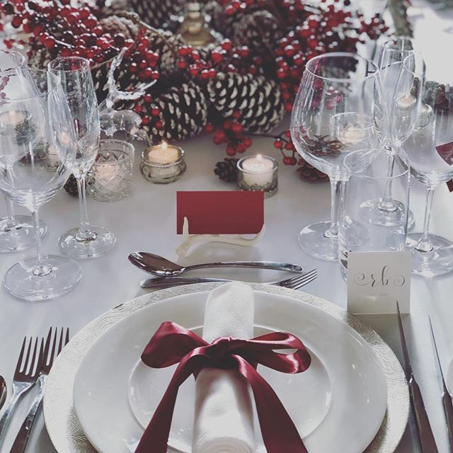 | FASQUE OPEN DAY | If you're on the hunt for your perfect wedding venue make sure you pop along to @fasquecastle for their open day today, 12 - 4pm. I've gone all festive for a table set up, can't help myself, I love Christmas!! 😍 #rebeccabarnettweddingdesign #weddingplanner #weddingstylist #tablescape #fasquecastle #christmastable #pinecones #stag #berries #antlers #candles #scotland