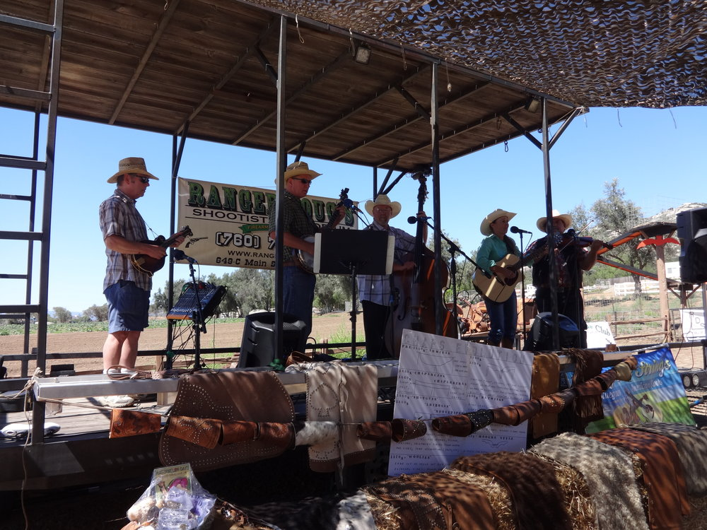 AW Cowboy Day Sunny Side Strings 2015 DSC02301.JPG