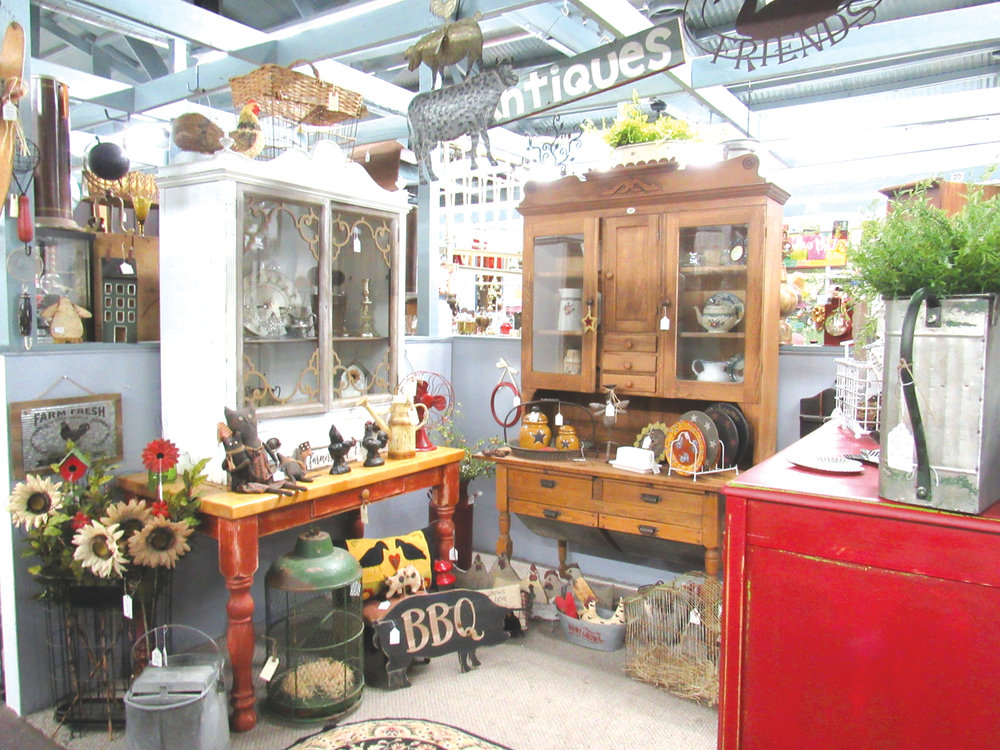 Ramona Antique Fair,   Photo by Joyce Ryan
