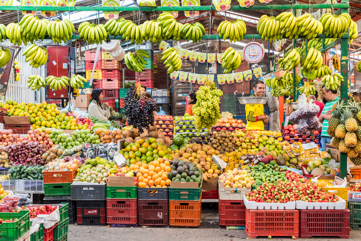 fruit_vendor.jpg