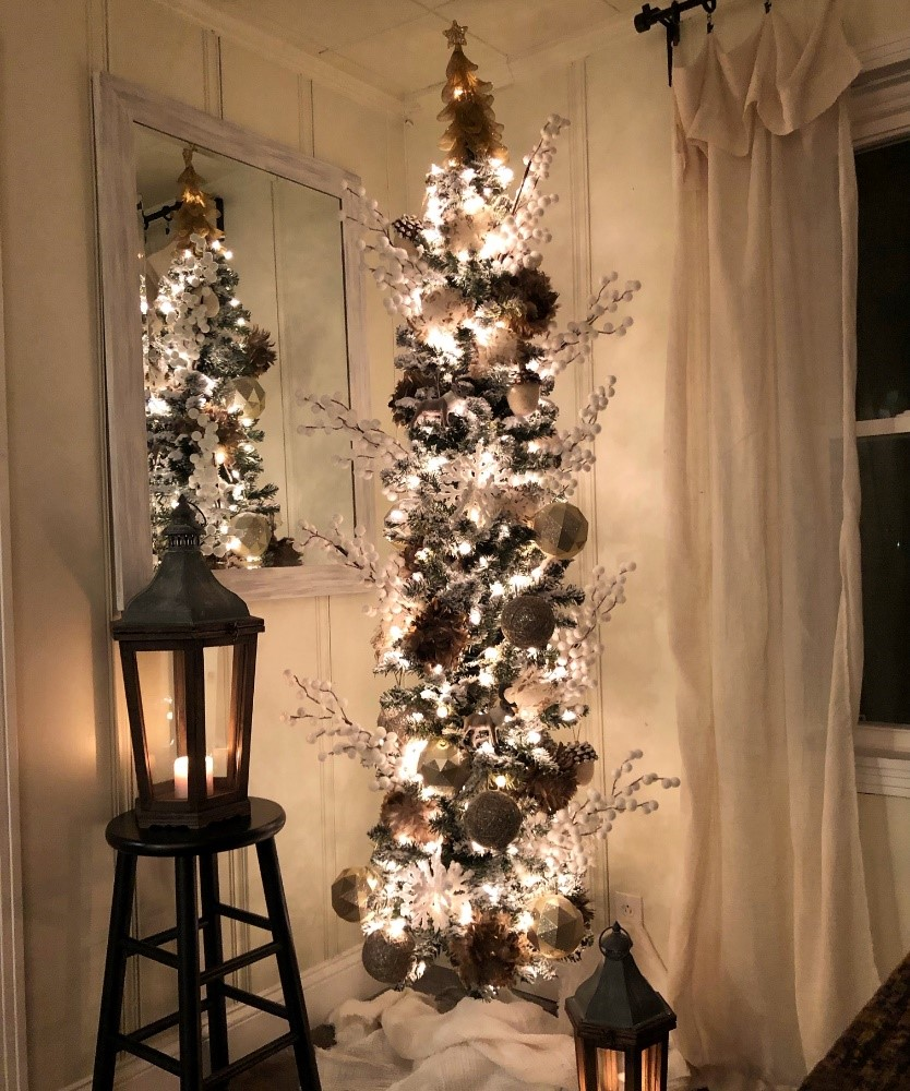 Christmas Decorating Inspiration By Kirkland S Insiders Half Full