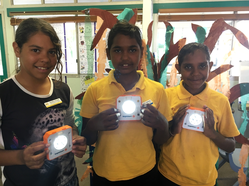 Students in Grade 5 and Grade 1 took part in our education program in remote locations in Australia. The grades worked together to build the lights and showed how important team work is!