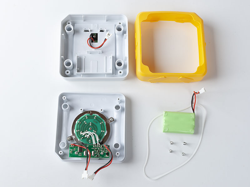 Unassembled SolarBuddy lights - Everything you need to put it together.
