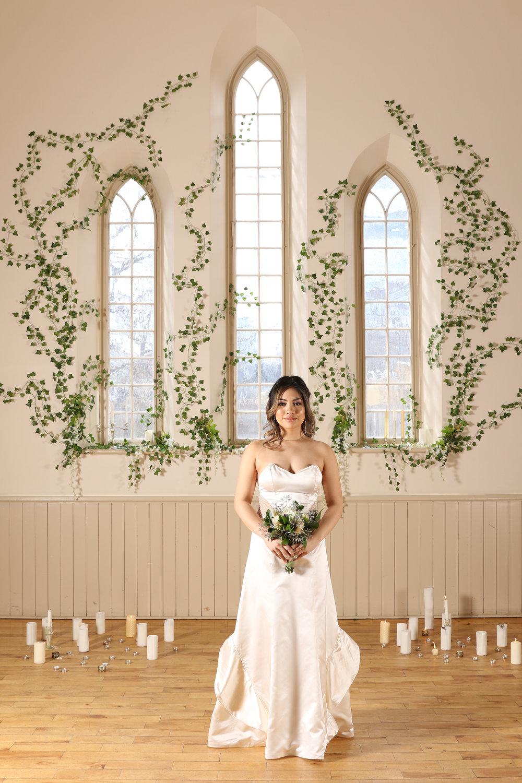 sarah-b-front-flowers-1.jpg